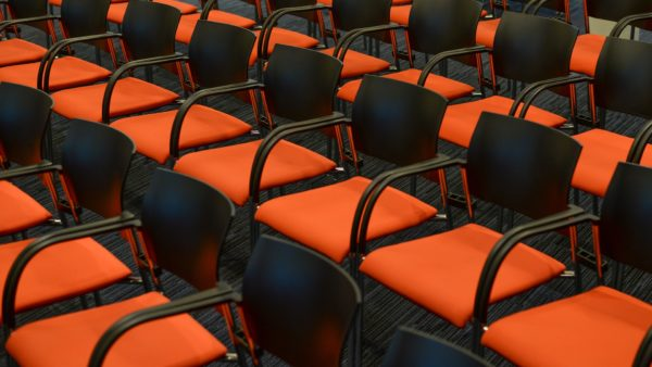 seats-2954367_1920.jpg